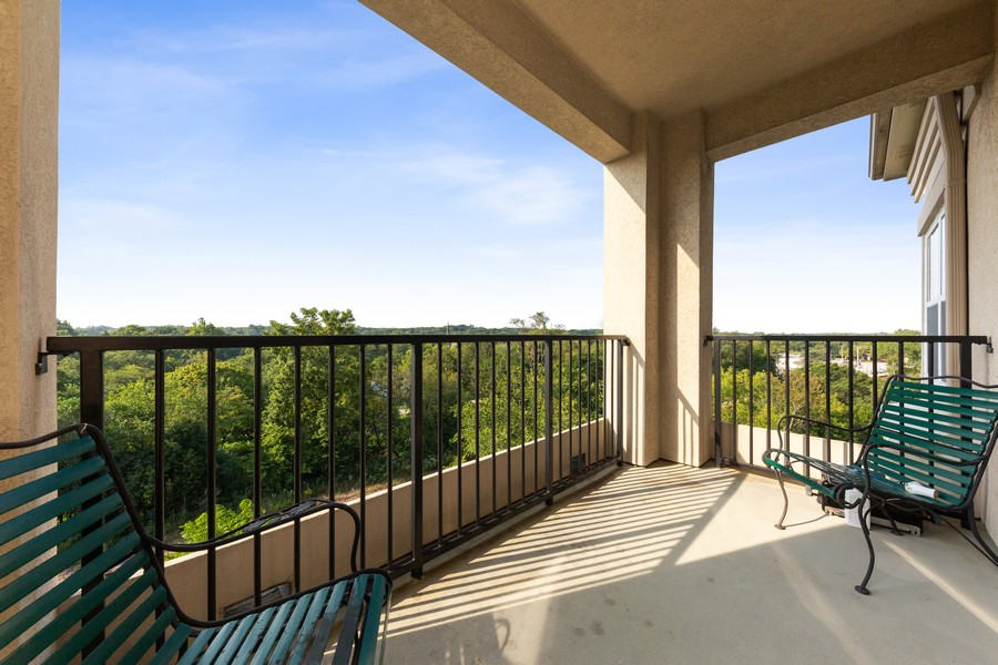 Real Estate Photography - 0S099 Lee Court, unit 409, Winfield, IL, 60190 - Balcony