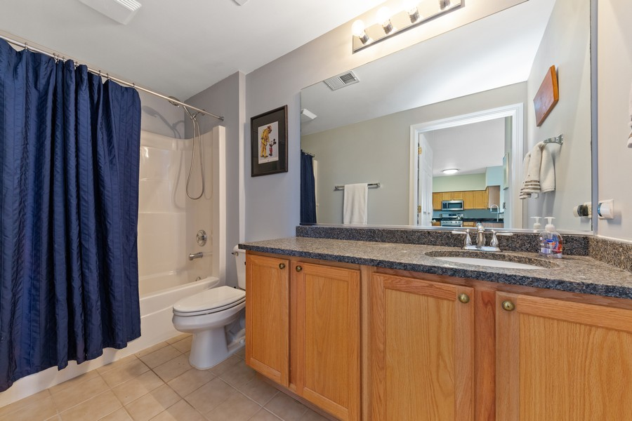 Real Estate Photography - 0S099 Lee Court, unit 409, Winfield, IL, 60190 - Bathroom