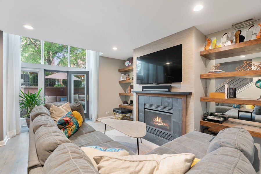 Real Estate Photography - 906 N Hermitage, Unit 1, Chicago, IL, 60642 - Family Room