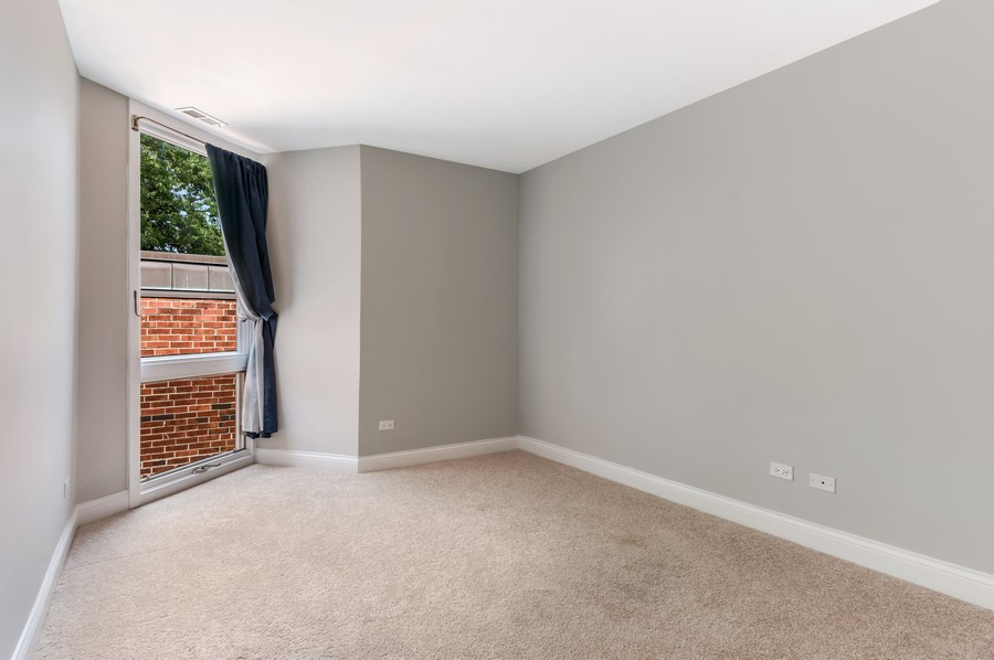Real Estate Photography - 2140 N Lincoln Ave, 5305, Chicago, IL, 60614 - Master Bedroom