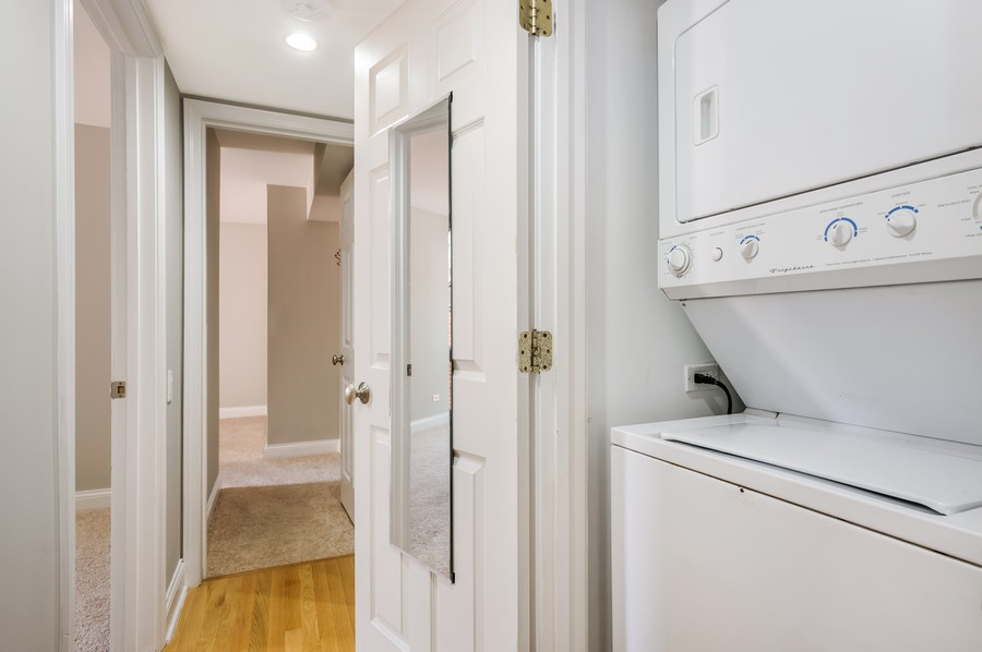 Real Estate Photography - 2140 N Lincoln Ave, 5305, Chicago, IL, 60614 - Laundry Room