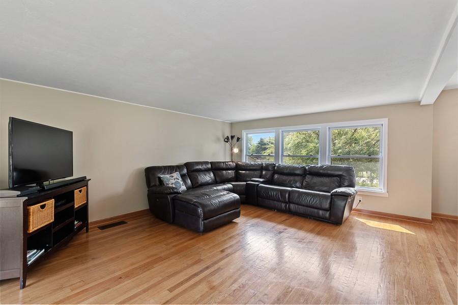 Real Estate Photography - 23W528 Burdette Avenue, Carol Stream, IL, 60188 - Family Room