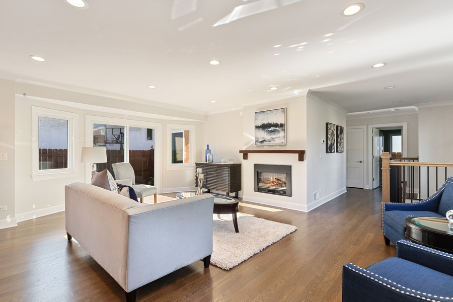 Real Estate Photography - 474 Uvedale Court, Riverside, IL, 60546 - Living Room