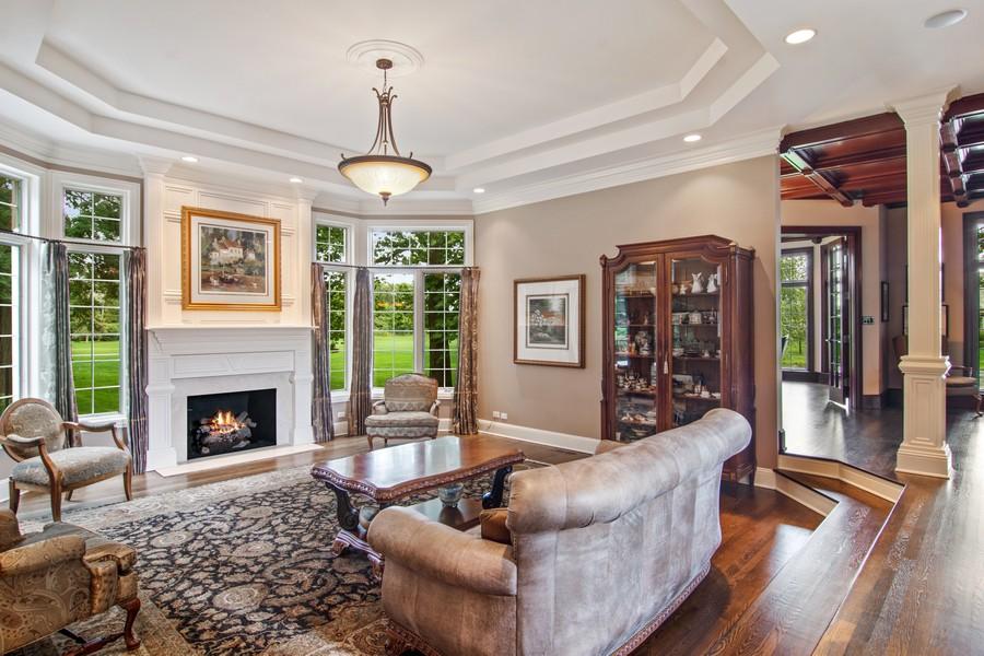 Real Estate Photography - 4 Kensington Drive, North Barrington, IL, 60010 - Family Room
