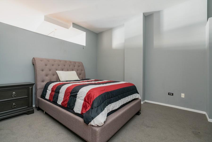 Real Estate Photography - 208 W Washington, Unit 1113, Chicago, IL, 60606 - Master Bedroom