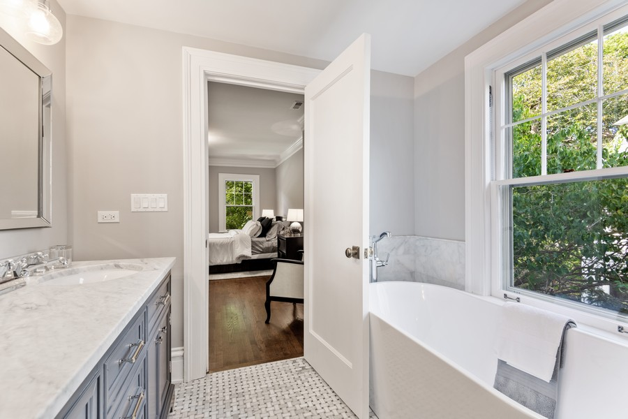 Real Estate Photography - 1625 Judson Ave, Evanston, IL, 60201 - Master Bathroom
