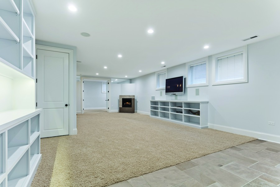 Real Estate Photography - 1460 W Byron St, Chicago, IL, 60613 - Recreation Room