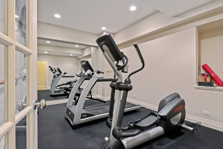 Real Estate Photography - 241 Harbor, Glencoe, IL, 60022 - Gym