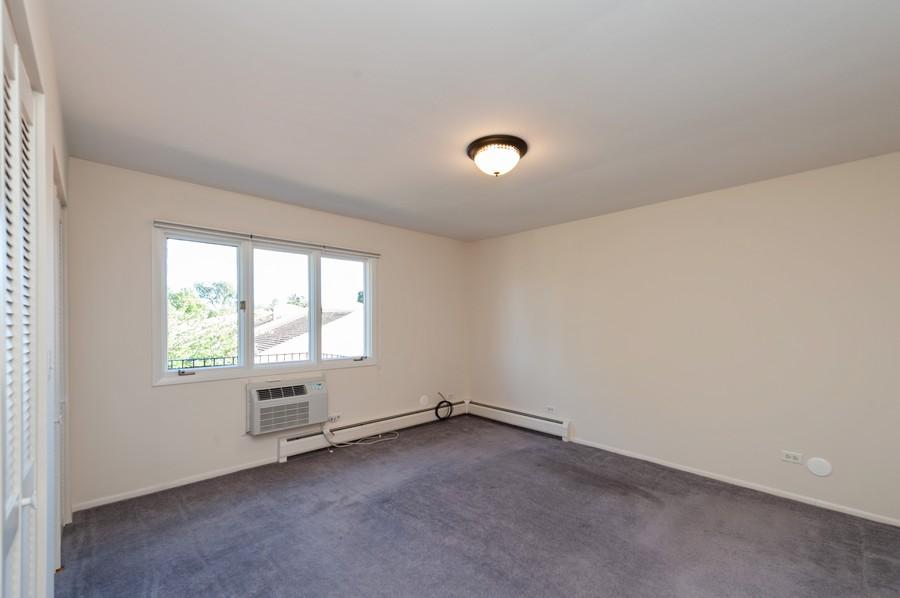 Real Estate Photography - 520 E Main St, Unit 2B, Barrington, IL, 60010 - Master Bedroom