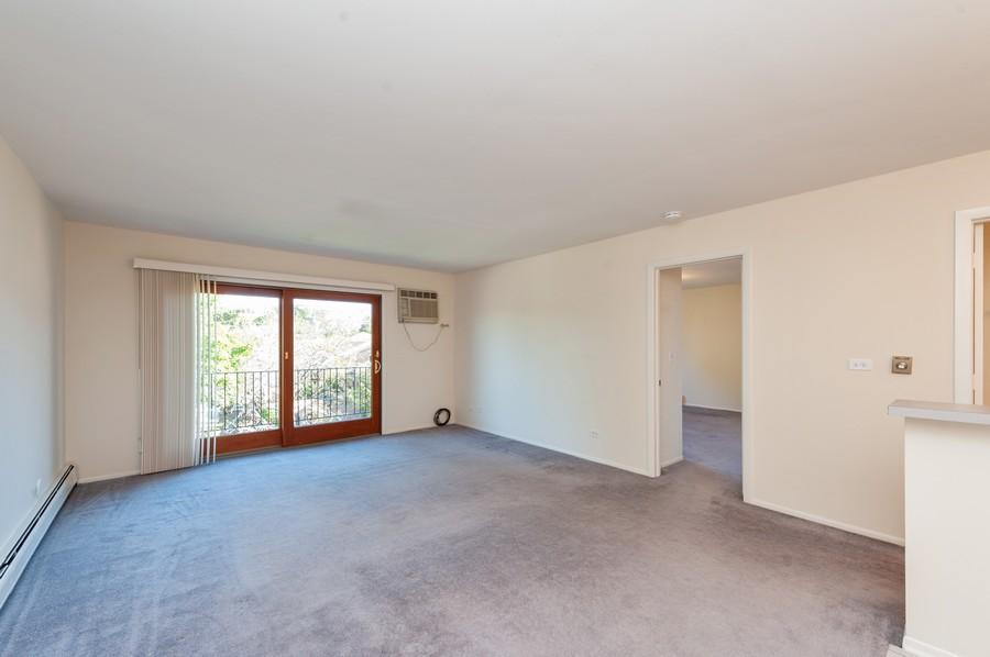 Real Estate Photography - 520 E Main St, Unit 2B, Barrington, IL, 60010 - Family Room