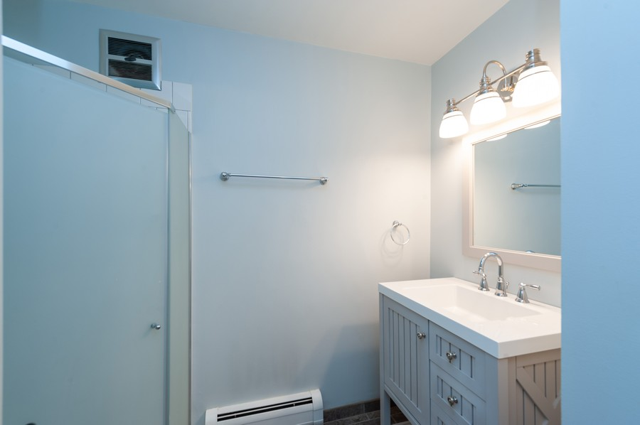 Real Estate Photography - 520 E Main St, Unit 2B, Barrington, IL, 60010 - 2nd Bathroom