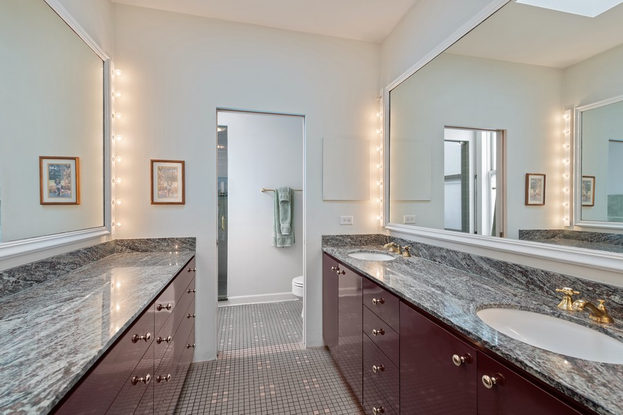 Real Estate Photography - 1255 W Webster, Chicago, IL, 60614 - Master Bathroom