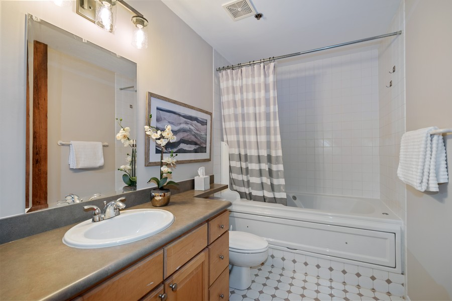 Real Estate Photography - 616 W Fulton, Chicago, IL, 60661 - Master Bathroom