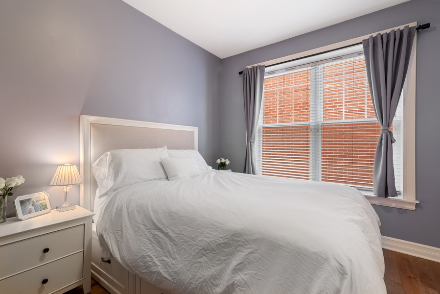 Real Estate Photography - 2711 Mildred Ave, #1B, Chicago, IL, 60614 - Master Bedroom