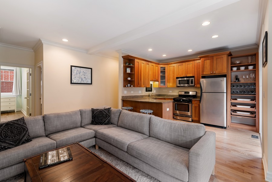 Real Estate Photography - 2711 Mildred Ave, #1B, Chicago, IL, 60614 - Kitchen/Living