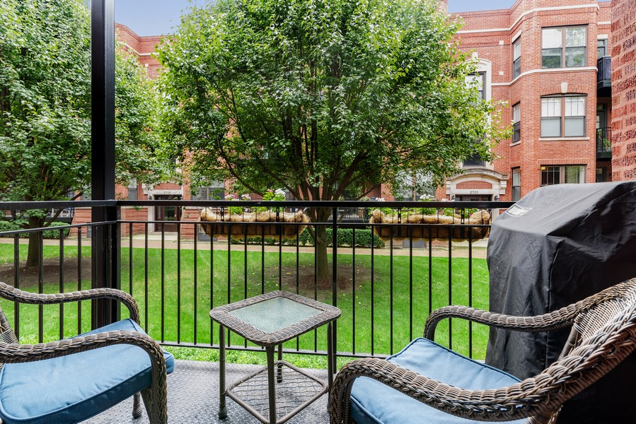 Real Estate Photography - 2711 Mildred Ave, #1B, Chicago, IL, 60614 - Balcony