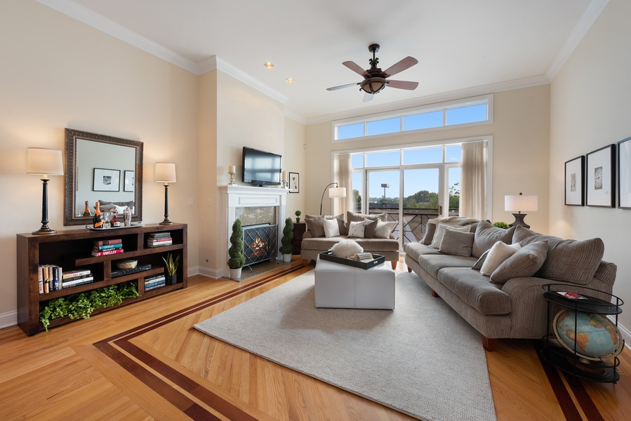 Real Estate Photography - 3721 N Elston Ave, Unit 4S, Chicago, IL, 60618 - Living Room
