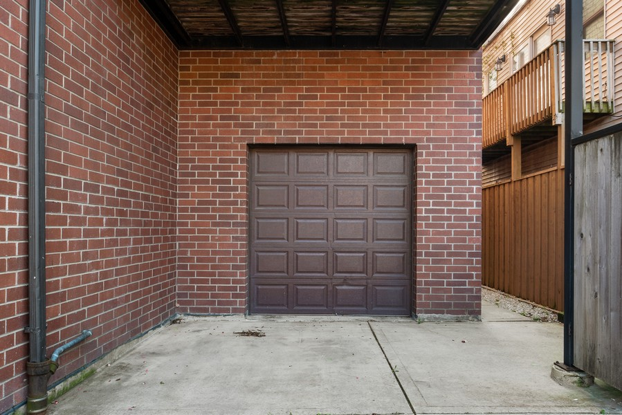 Real Estate Photography - 3721 N Elston Ave, Unit 4S, Chicago, IL, 60618 - Garage