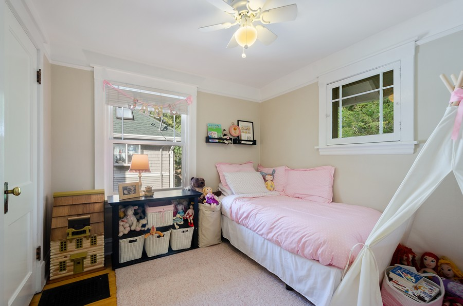 Real Estate Photography - 1903 Livingston, Evanston, IL, 60202 - 3rd Bedroom