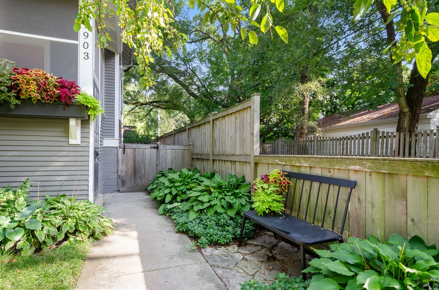 Real Estate Photography - 1903 Livingston, Evanston, IL, 60202 - Front View