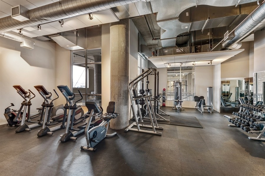Real Estate Photography - 900 N Kingsbury St, Unit 820, Chicago, IL, 60610 -