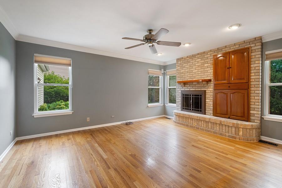 Real Estate Photography - 9162 Primrose Ln, Fox River Grove, IL, 60021 - Family Room
