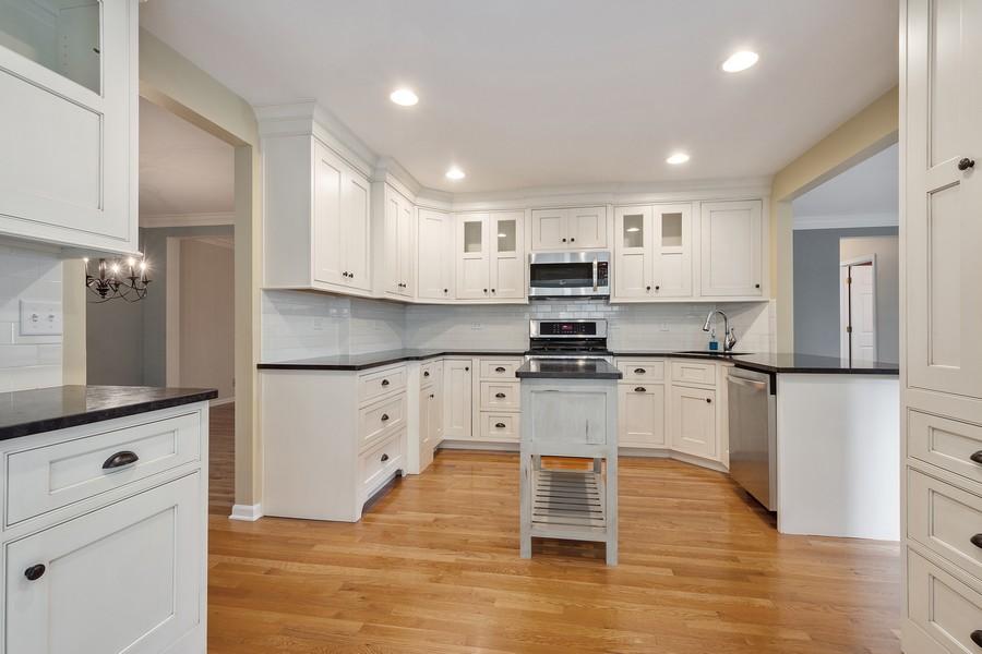 Real Estate Photography - 9162 Primrose Ln, Fox River Grove, IL, 60021 - Kitchen