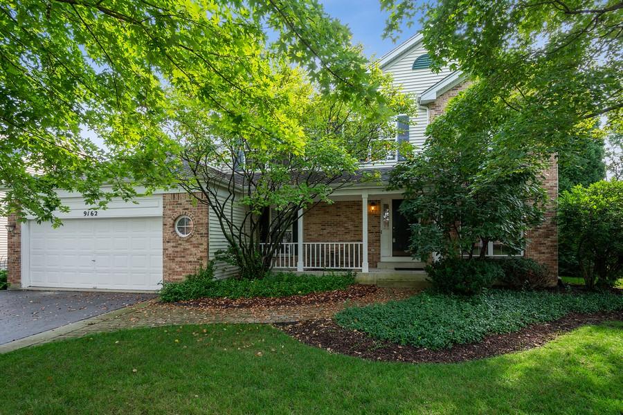 Real Estate Photography - 9162 Primrose Ln, Fox River Grove, IL, 60021 - Front View