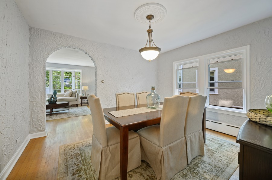 Real Estate Photography - 139 Prairie, Wilmette, IL, 60091 - Dining Room