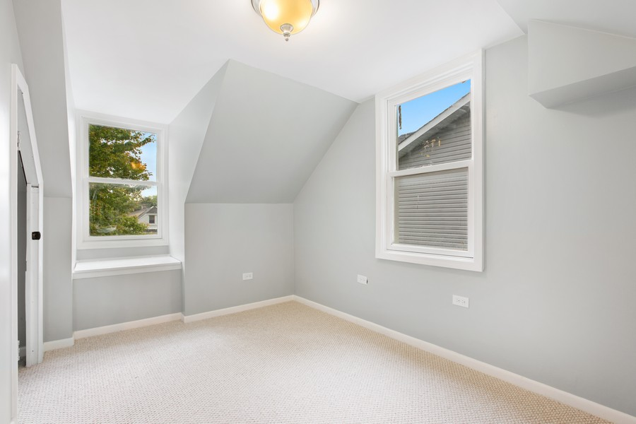 Real Estate Photography - 10324 S SAWYER AVENUE, CHICAGO, IL, 60655 - 2nd Bedroom