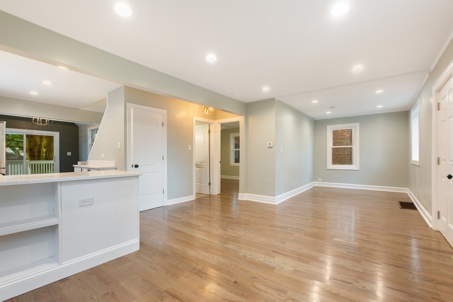 Real Estate Photography - 10324 S SAWYER AVENUE, CHICAGO, IL, 60655 - Living Room