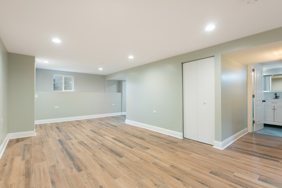 Real Estate Photography - 10324 S SAWYER AVENUE, CHICAGO, IL, 60655 - Basement