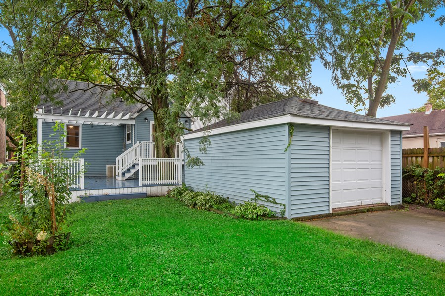 Real Estate Photography - 10324 S SAWYER AVENUE, CHICAGO, IL, 60655 - Rear View