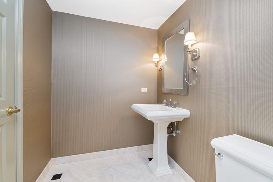 Real Estate Photography - 25 E Superior St, Unit 3605, Chicago, IL, 60611 - 3rd Bathroom