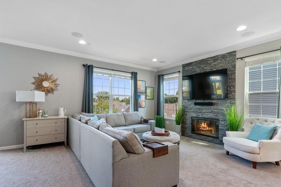 Real Estate Photography - 48 S Cornerstone, Volo, IL, 60020 - Living Room