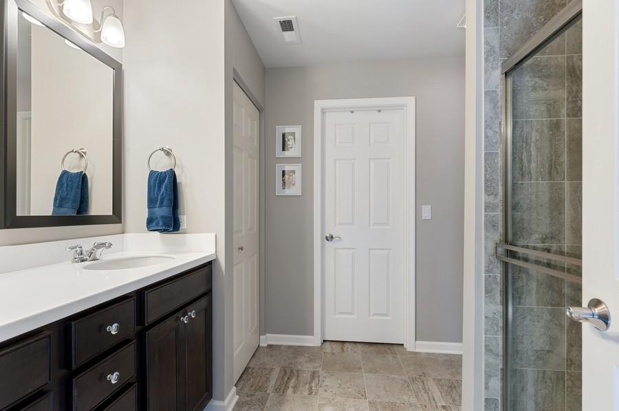Real Estate Photography - 48 S Cornerstone, Volo, IL, 60020 - Master Bathroom