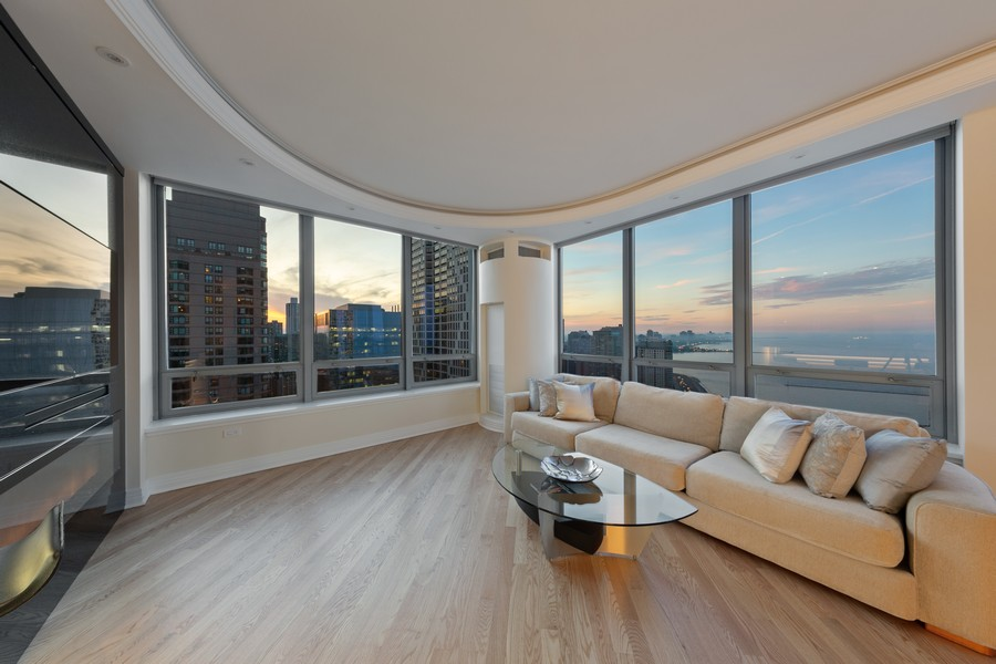 Real Estate Photography - 600 N Lake Shore Dr, Unit 3501, Chicago, IL, 60611 - Living Room
