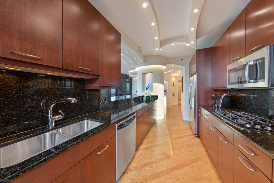 Real Estate Photography - 600 N Lake Shore Dr, Unit 3501, Chicago, IL, 60611 - Kitchen