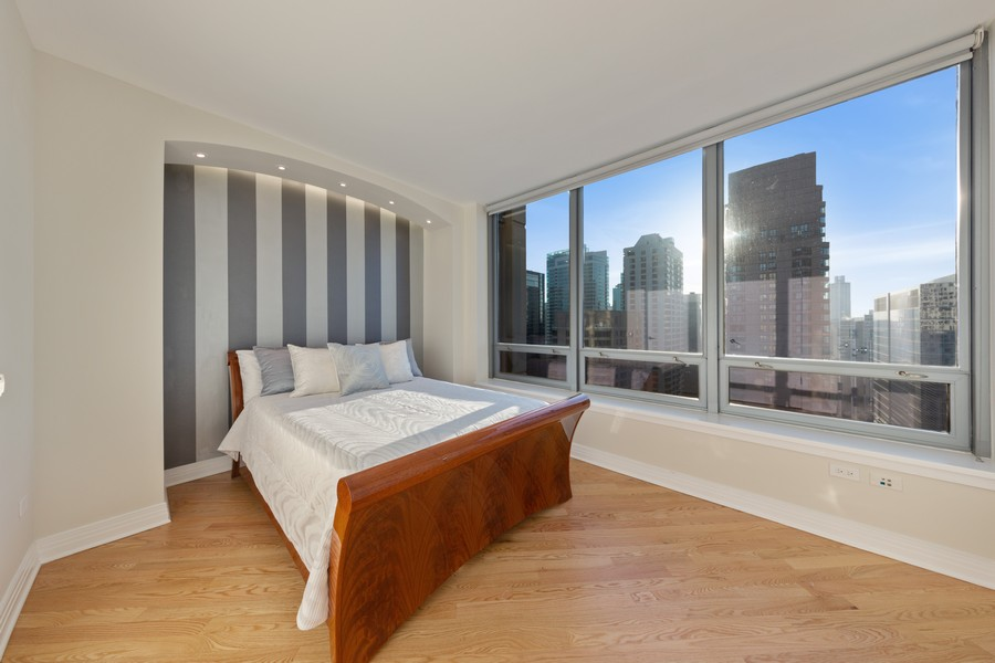Real Estate Photography - 600 N Lake Shore Dr, Unit 3501, Chicago, IL, 60611 - Bedroom