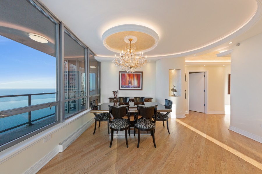 Real Estate Photography - 600 N Lake Shore Dr, Unit 3501, Chicago, IL, 60611 - Dining Room