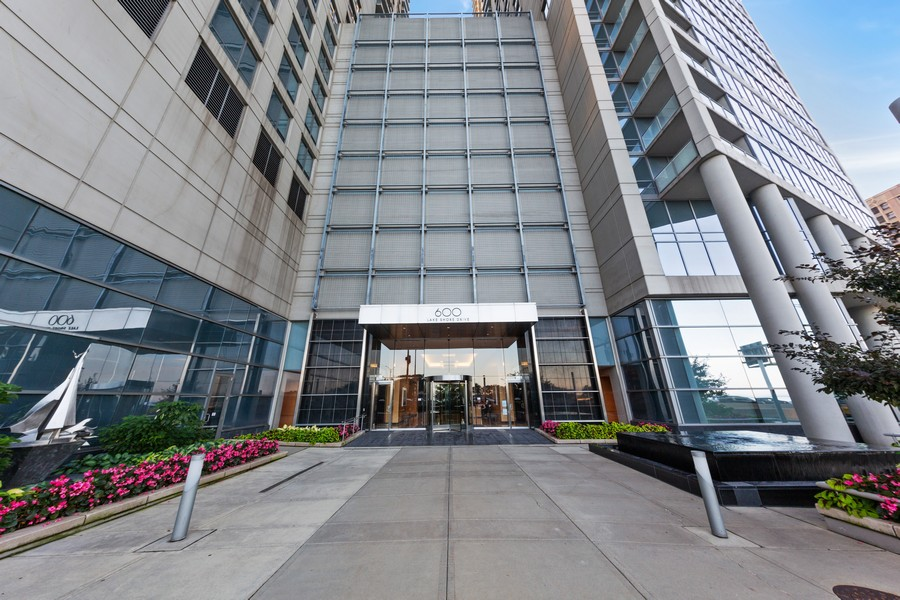 Real Estate Photography - 600 N Lake Shore Dr, Unit 3501, Chicago, IL, 60611 - Front View