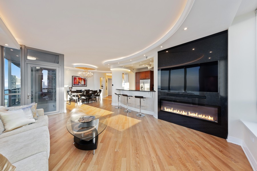 Real Estate Photography - 600 N Lake Shore Dr, Unit 3501, Chicago, IL, 60611 - Living Room/Dining Room
