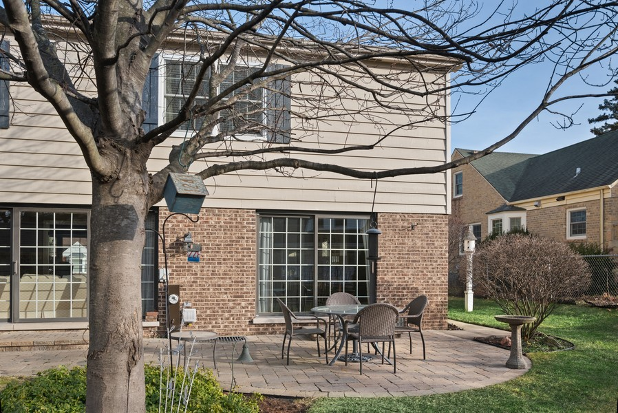 Real Estate Photography - 1204 Raleigh Road, Glenview, IL, 60025 -