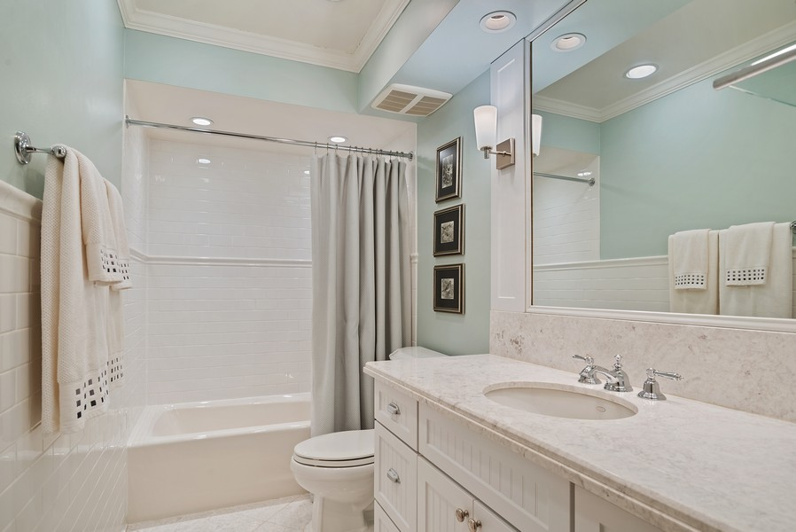 Real Estate Photography - 1204 Raleigh Road, Glenview, IL, 60025 - Second Bath