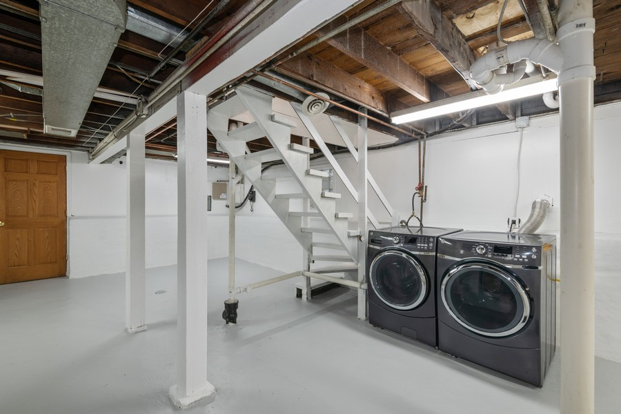 Real Estate Photography - 6320 W Warwick, Chicago, IL, 60634 - Laundry Room