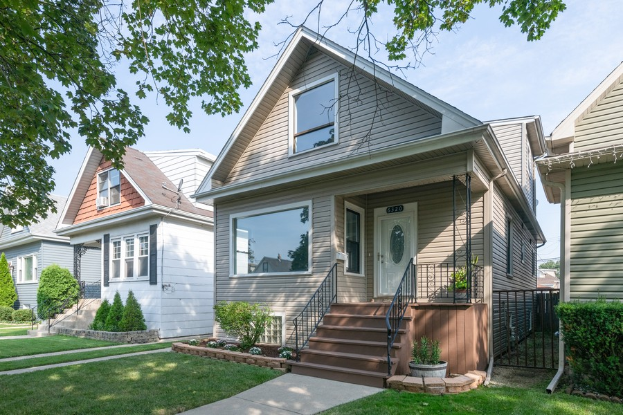Real Estate Photography - 6320 W Warwick, Chicago, IL, 60634 - Front View