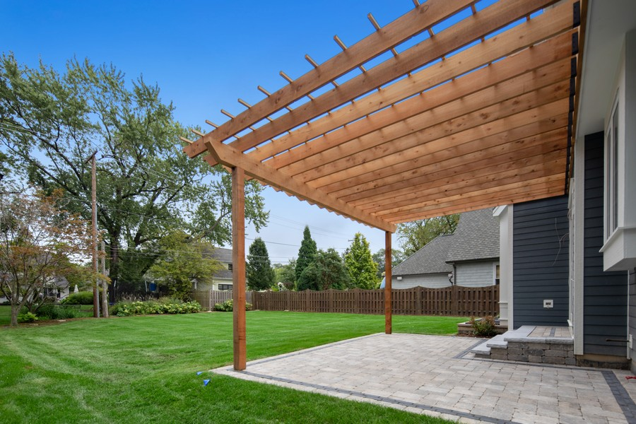 Real Estate Photography - 5341 Lawn Ave, Western Springs, IL, 60558 - Patio