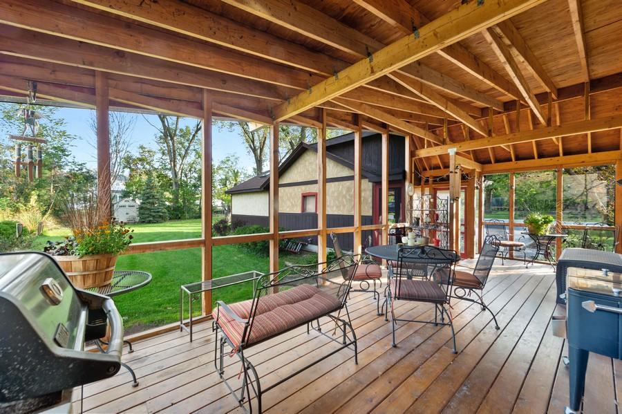 Real Estate Photography - 0S480 S Poplar Ave, Elmhurst, IL, 60126 - Sun Room