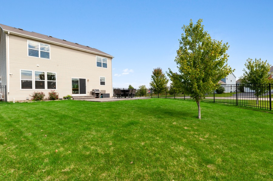 Real Estate Photography - 290 Bedford, Volo, IL, 60073 - Rear View