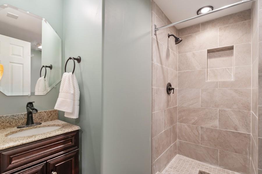 Real Estate Photography - 290 Bedford, Volo, IL, 60073 - Basement Full Bath
